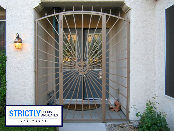 courtyard-gate 16 & Courtyard Entry Gates Las Vegas | Strictly Doors and Gates