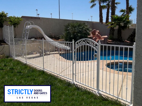 pool fence 4