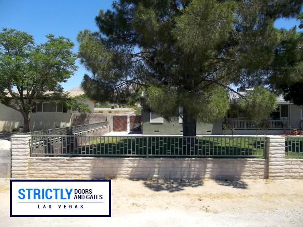 iron fence 16
